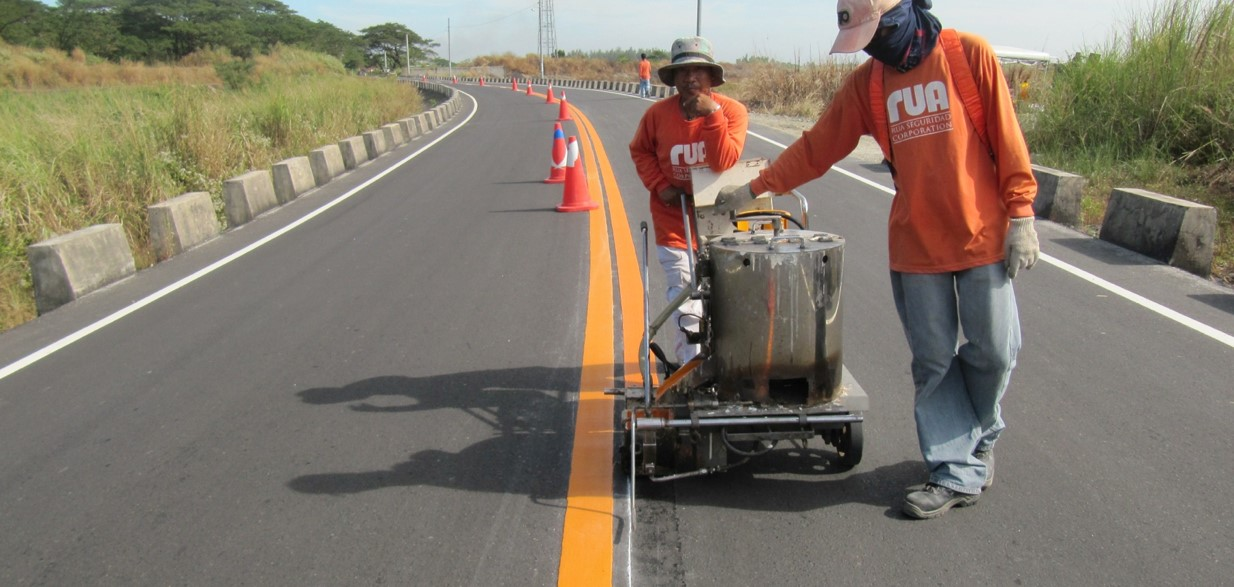 How To Hire the Right Road Marking Contractor For Your Needs